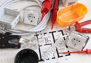 Werkzeug für Elektroinstallationen von Rümenap